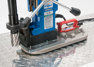 Vac-Pad uses hop air to aid in drilling holes on diamond plate and other non-ferrous materials